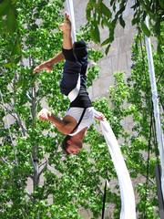 aerial.acrobat