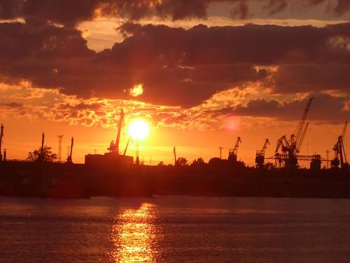 Закат и порт \ Sunset and port