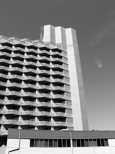 hotel rising