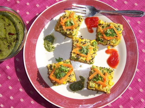 Parsley Mint Chutney ,Tomato chilli sauce with Dhokla Squares