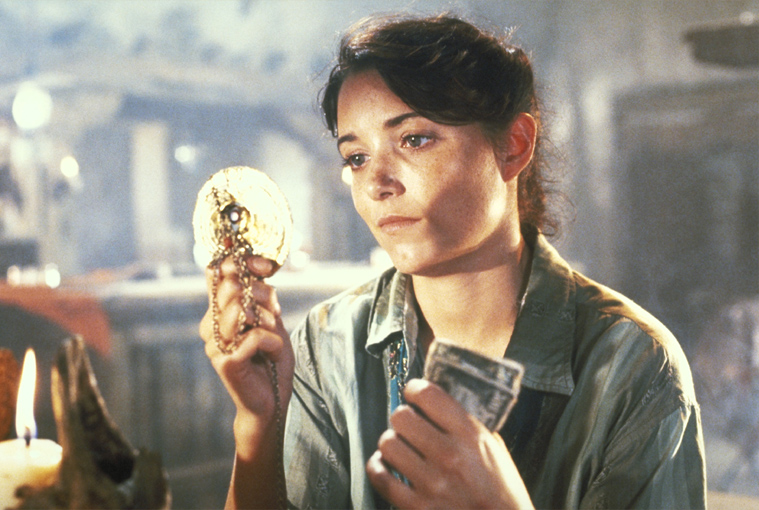 Marion Ravenwood Outfits