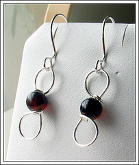 agate-blackred-kr