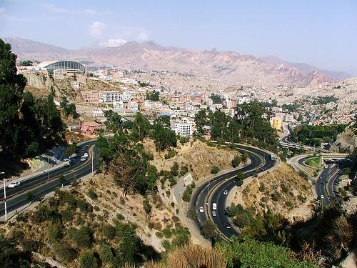 Estrada na saída de La Paz - Bolivia