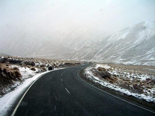 Lindis Pass 大風雪 雪漸漸將四周覆蓋成白色
