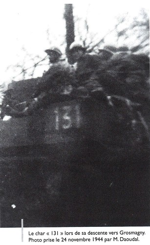 1945- Franche-Comté-Vosges- Char light 131 du RFM lors de sa descente vers Giromagny - Col. Zeller - Source   La Voge 2012 Hors série - Libération du pays sous-vosgien AHPSV