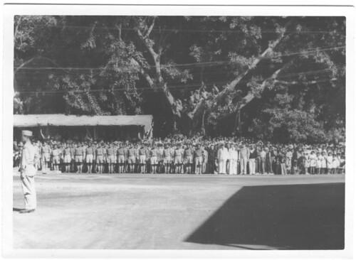 BP- 1946- Cérémonie au monument aux morts - Fonds Jean Tranape