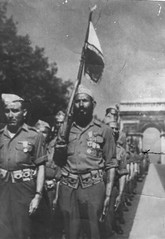 22 BMNA - 1945 - La Victoire- Adjudant chef Henri Bernus et sergent chef Saidoun - Col. René Petitot