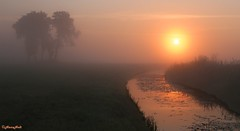 foggy sunrise (2) photo by HansHolt