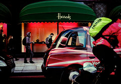 Harrods of London photo by Romek✈︎Samolot