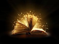 livre ouvert étoiles