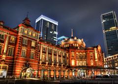 Tokyo Station photo by DILLEmma Photography