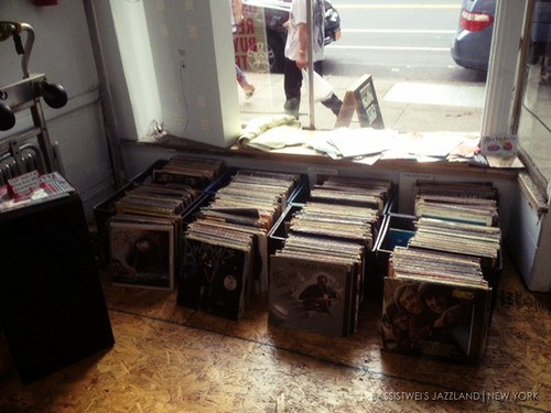 Vinyl shop in New York (10)s