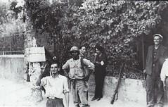 1944 - Provence- Beaulieu ffi et tirailleurs sénégalais tiennent la route de Saint jean du var - col. Ofic - Gaujac