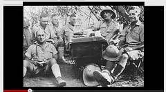 13 DBLE- 1941- Erythrée - groupe avec Dimitri Amilakvari et Jack Hasey à l'extrême droite