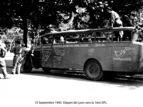 BM 4- Chambarand -1944 15 Septembre - Car des chambarand à Lyon - Fonds Emile Gauthier
