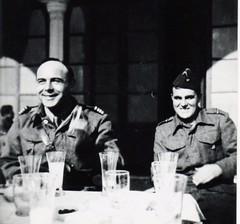 BM2 - 1941 déc - Henri Amiel  et  André Wellard  à Lattaquié - Fonds Amiel