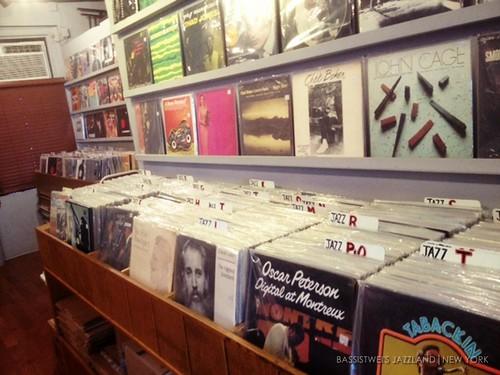 Vinyl shop in New York (7)s