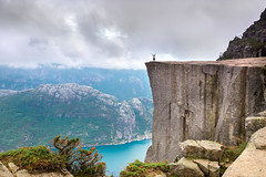 Pulpit Rock photo by andreassofus