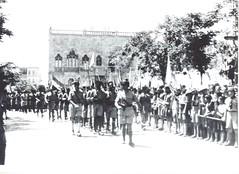 BM 2- Alep juil-aout 41 défilé 5e cie lt GABARD et Cap AMIEL - Fonds Amiel