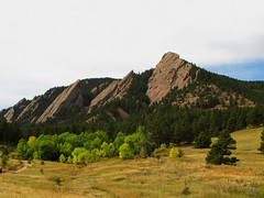 Flatirons near Boulder, Colorado photo by Batikart