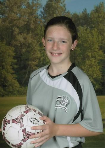 Hannah-soccerU12G-T03