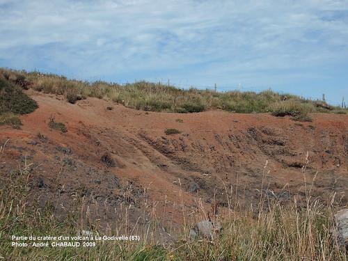 Partie du cratère d'un volcan à La Godivelle (63)