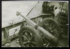 RA 1941 - Janvier : a bord du Fort Lamy 1 canon de 75 - Roger Nordmann