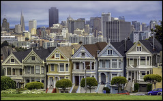 Alamo Square photo by robbar74