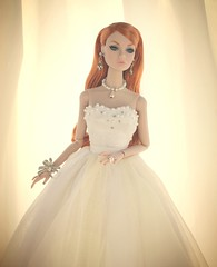Poppy Parker Wedding photo by Doll Fashionista