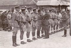 13 DBLE- 1941-Levant- Dimitri Amilakvari est à l'extrême-gauche