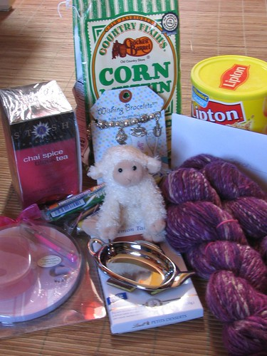 Knitter's Tea Swap package contents