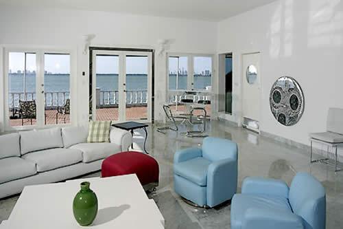 1353 Bay Terrace