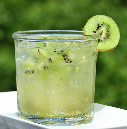 Kiwi Lime Ginger Cocktail