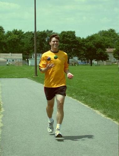 Joggling a marathon