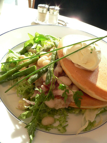 pancake with beans and sourcream