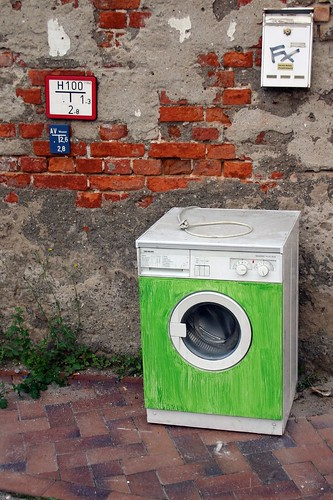 Outdoor washing machine