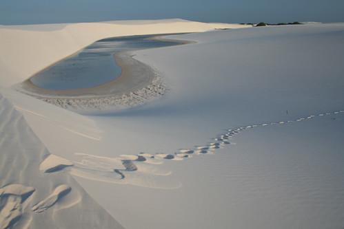 Lagunas en medio de un 'mar' de dunas