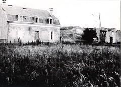 19 - Avril 45 - Le BM 2 devant Royan-observatoire du bataillon a Alluchon - Fonds Amiel