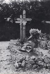 48- 29 juin 45- BM 2- Cimetière de Retaud - Tombe de  Roger Dejean - Fonds Amiel