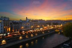 Quai Saint-Michel, Paris photo by www.fromentinjulien.fr