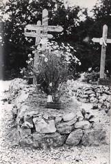 44 - 29 juin 45- BM 2- Cimetière de Retaud - Tombe de Joseph Mondino- Fonds Amiel