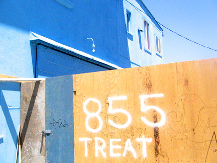 blue treat