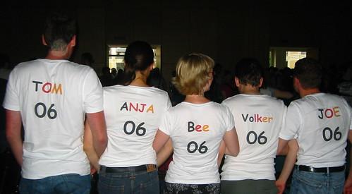 T-Shirt-Truppe hinten
