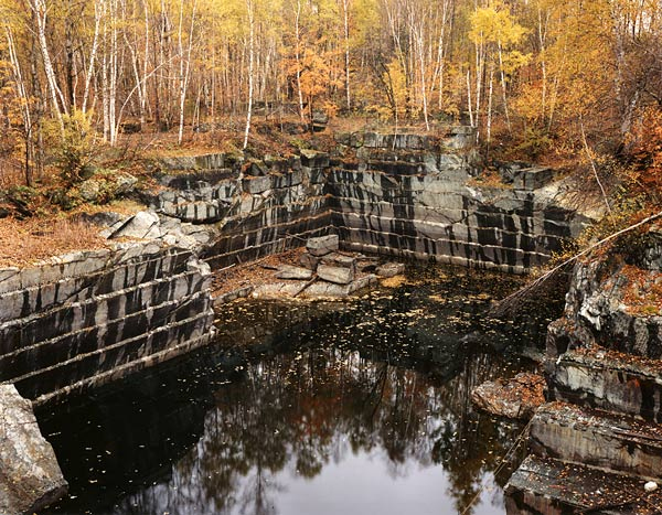 Burtynsky - quarry