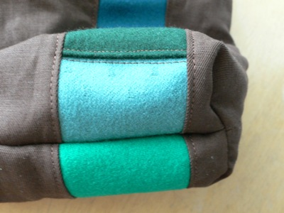Pouch bottom seam
