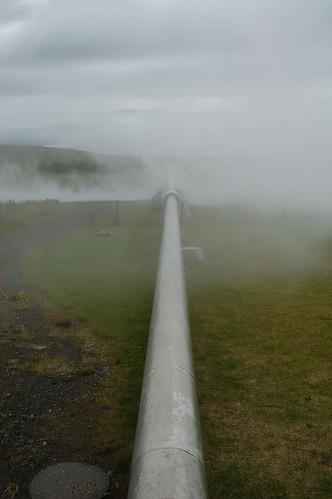 Pipeline_@_Deildartunguhver,_Iceland.jpg