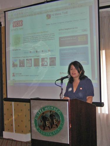SixApart's Mena Trott talks about Vox