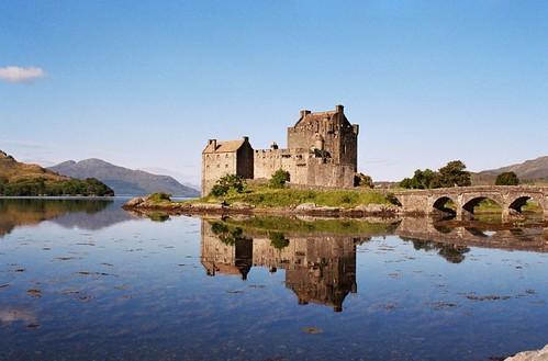 loch ness castle by Jess Payne / JESStar