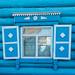 Fenster hellblau