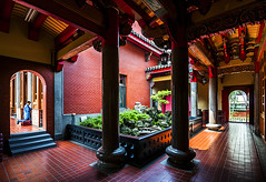 臺北行天宮 - Xingtian Temple - Taipei - TAIWAN photo by urbaguilera